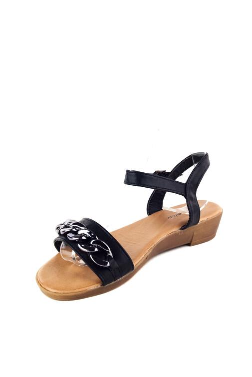 60b31f20bba4 Jessyss - Sandále na nízkom klinovom podpätku s retiazkou na remienku