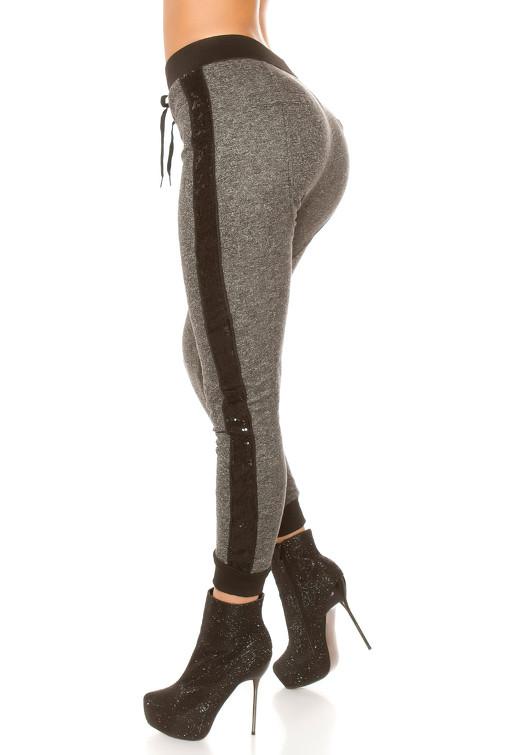 28ba7a634d34 Bavlnené jogger nohavice s okrasným pruhom s flitrami